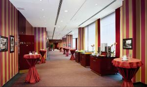 foyer hotelu Diplomat